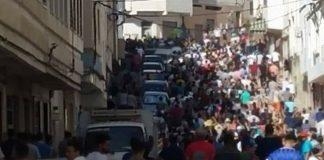 فيديو.. مطاردة محتجين في شارع بالحسيمة