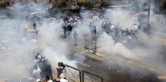 عاجل.. الشرطة الإسرائيلية تضع ممرات حديدية إلى جانب البوابات الإلكترونية