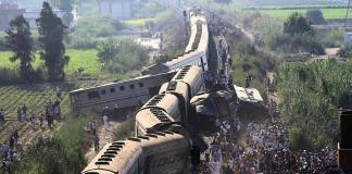 (بالصور) ارتفاع ضحايا تصادم قطارين شمالي مصر إلى 36