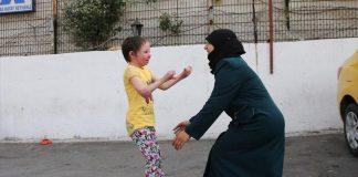 """دموع فرح """"هبة"""" السورية أطفأت لهيب حروق وجهها"""