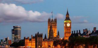 مسؤول بالمجلس الإسلامي البريطاني: الإعلام المُضلل يغذي العداء ضد المسلمين