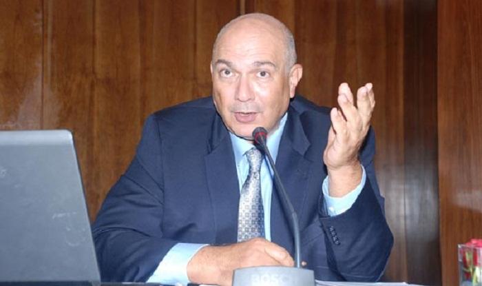 المدير العام للمكتب الشريف للفوسفاط في طريقه للأمانة العامة لحزب الأصالة والمعاصرة