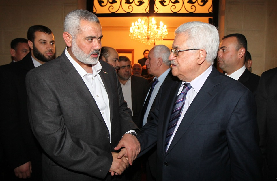 هنية يهاتف الملك الأردني ويضعه بصورة تطورات المصالحة