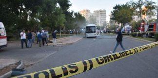 إصابة 12 شرطيا إثر انفجار استهدف حافلتهم بمرسين التركية
