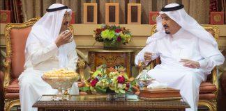 العاهل السعودي وأمير الكويت يبحثان الأحداث بمنطقة الخليج وأزمة حصار قطر