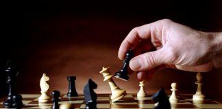 رغم القطيعة والحصار.. قطر تعلن مشاركتها في بطولة العالم للشطرنج بالسعودية