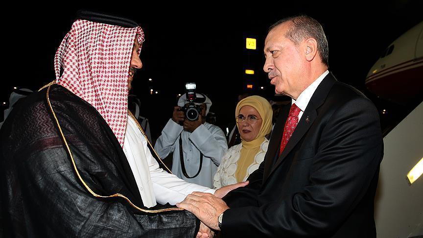 أردوغان يصل الدوحة قادما من الكويت