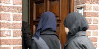 كينيا.. حظر الحجاب داخل إحدى الكليات الطبية!!