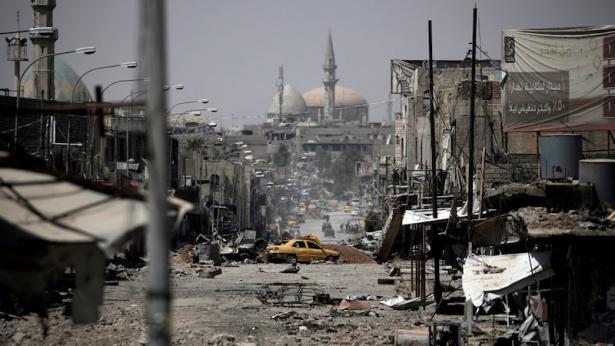 """وزير الداخلية التركي يتهم واشنطن بتحويل الحدود العراقية السورية إلى """"مختبر للإرهاب"""""""