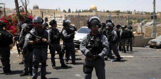 شرطة الاحتلال الصهيوني تعتقل تركيين اثنين صلّوا بالمسجد الأقصى