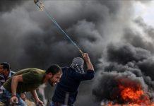 4 شهداء و374 مصابا بمواجهات مع الجيش الإسرائيلي بالضفة وغزة