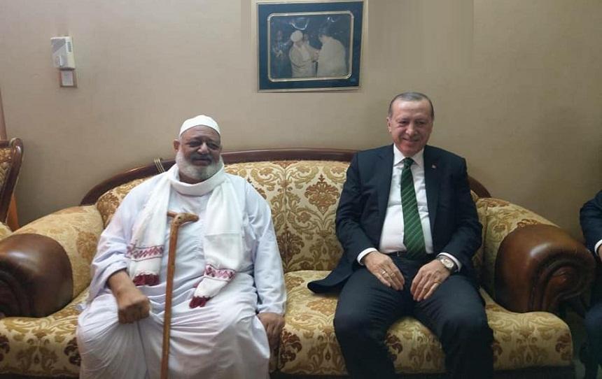 من هو الصديق الذي خصه أردوغان بزيارة خاصة في السودان؟!