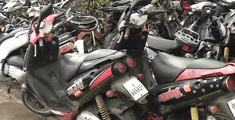 فيديو.. عملية بيع بالمزاد العلني لحوالي 1900 دراجة نارية بالمحجز الجماعي بالرباط