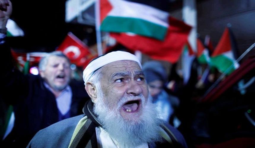 بالصور.. تفاعل البلدان الإسلامية مع قضية تهويد القدس وإعلانها عاصمة لإسرائيل