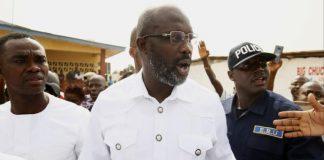 """نجم الكرة السابق """"جورج ويا"""" يفوز برئاسة ليبيريا"""