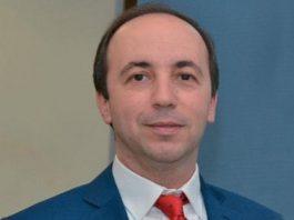وزير الصحة يقوم بزيارة ميدانية لتفقد وتتبع أوراش متعلقة بالقطاع الصحي بإقليم الحسيمة