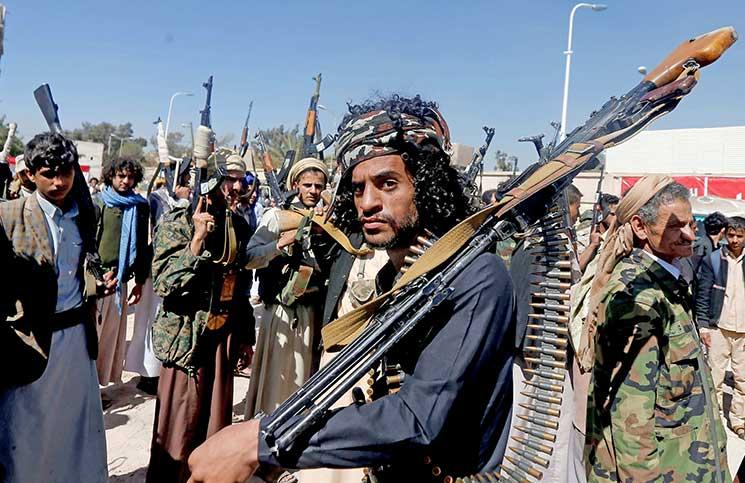 """الحوثيون: واشنطن هي """"صاحبة قرار الحرب"""" في اليمن"""