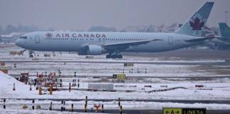 إلغاء 200 رحلة جوية انطلاقا من باريس بسبب الثلوج والجليد
