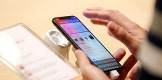بلومبرغ: أبل تخطط لإطلاق ثلاثة هواتف آيفون جديدة في 2018