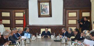 رئيس الحكومة يدعو السلطات إلى التعبئة خلال العطلة الصيفية