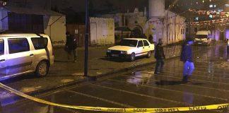 إصابة مصلين إثر سقوط قذيفة من عفرين على مسجد بكليس التركية