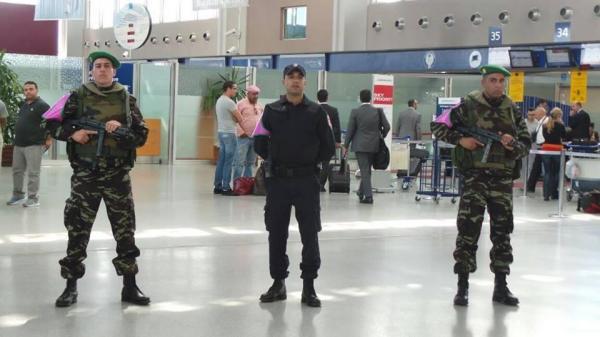 الجيش يدخل مطارات المغرب