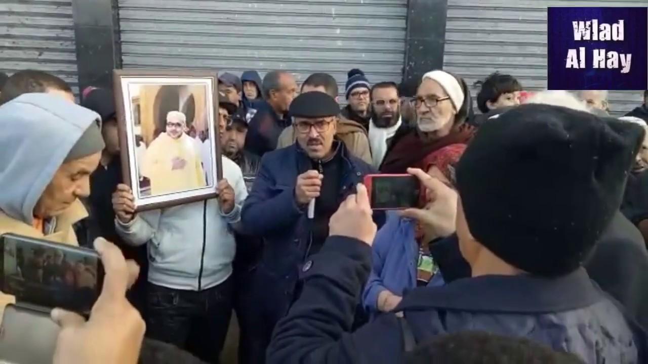 مستشارو مقاطعة عين السبع ينتفضون ضد قرار منح رخصة بيع الخمور وسط حي سكني!!