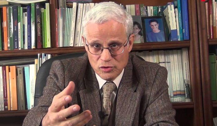 """أقصبي: تحرير الدرهم """"حماقة"""" والحكومة تلميذ نجيب لصندوق النقد الدولي"""