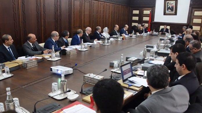 اللجنة الوطنية للاستثمارات تصادق على 48 اتفاقية يفوق حجم استثماراتها 32 مليار درهم من شأنها توفير أكثر من 0006 منصب شغل مباشر