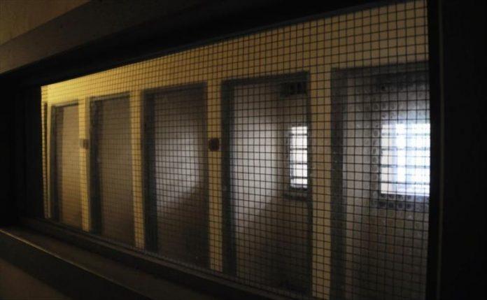 أوجار: عدد المعتقلين بشكل احتياطي بلغ 33 ألف و168 معتقلا
