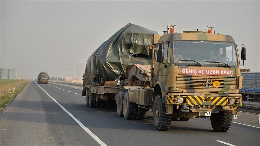 تركيا ترسل تعزيزات للحدود وتبلغ الناتو بخططها