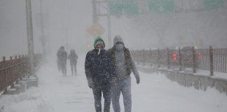 نصف فرنسا في حالة تأهب إثر عاصفة ثلجية