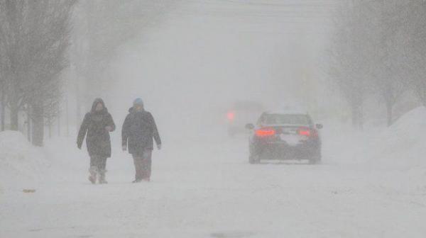 رفع حالة التأهب عن 29 إقليما فرنسيا إثر انحسار العاصفة الثلجية
