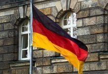 مفوض الدفاع في البرلمان الألماني يطالب بتعيين أئمة لخدمة الجنود المسلمين