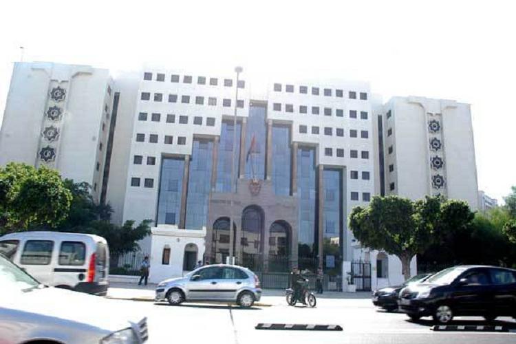 الدار البيضاء.. فتح بحث قضائي حول شريط فيديو لشخص يعرض فتاة لمحاولة اغتصاب