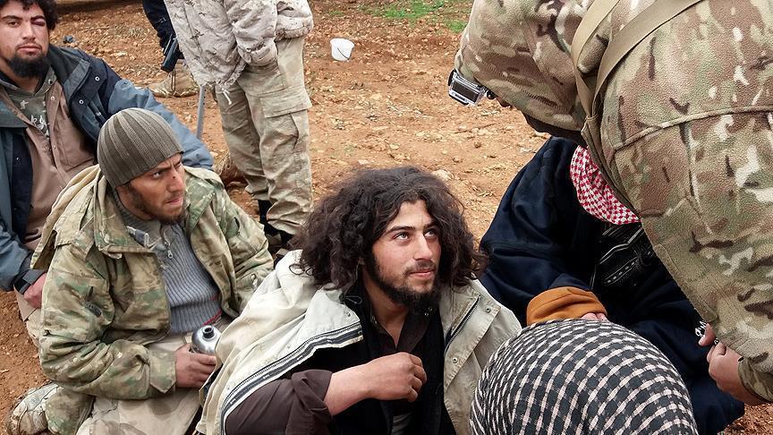 """تحقيقات للمعارضة مع عناصر بـ""""داعش"""" تكشف دعم النظام السوري للتنظيم الإرهابي"""