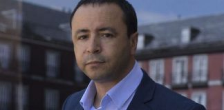 """الرابطة المغربية للمواطنة تتضامن مع محامي """"حراك الريف"""" عبد الصادق البوشتاوي"""
