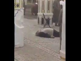 """فيديو.. لحظة وفاة نقيب المهندسين الزراعيين الأردنيين """"طارق التل""""، داخل الروضة الشريفة بالمسجد النبوي"""