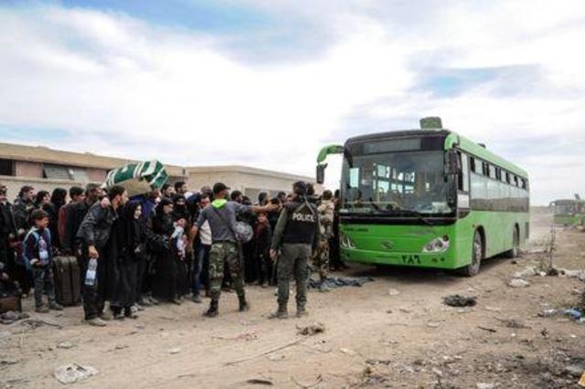 عاجل.. التوصل الى اتفاق نهائي بالغوطة الشرقية وخروج 448 من عناصر جيش الإسلام