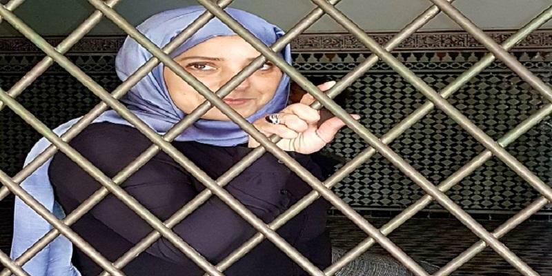 الحكم على الصحافية أمال الهواري والمحامي زيان وأبنائه وزوجته بسنة سجنا والغرامة