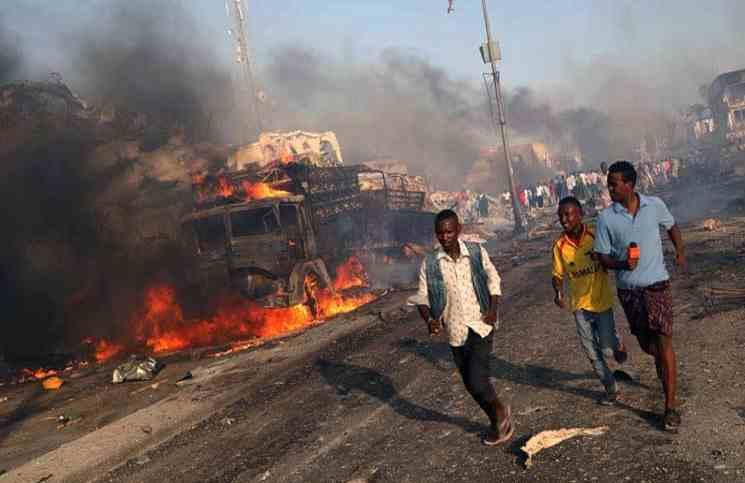 ارتفاع حصيلة قتلى تفجيرات مقديشو إلى 53