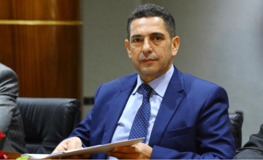 وزير التربية الوطنية ينفي إشاعة إلغاء العطلة البينية
