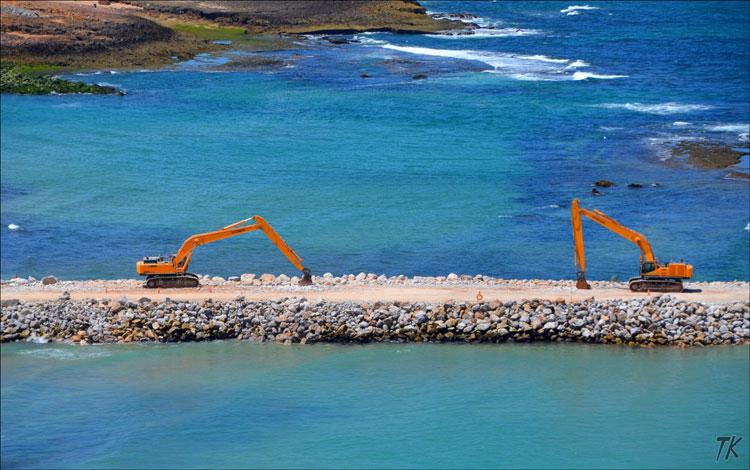 الحكومة تصادق على تمديد عمل المديرية المؤقتة بوزارة التجهيز والنقل المشرفة على إنجاز الميناء الجديد بأسفي