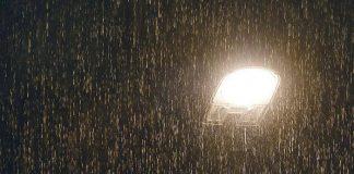 أمطار رعدية تكسر سكون ربيع القاهرة