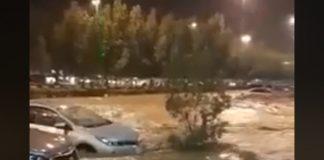 فيديو.. سيول أمطار فيضانية تهاطلت على مكة المكرمة يوم الثلاثاء