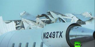 فيديو.. رياح عاتية تدمر حظيرة طائرات داخل مطار أمريكي