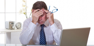 اقرأ.. 8 نصائح لحماية بصرك من شاشات الكمبيوتر