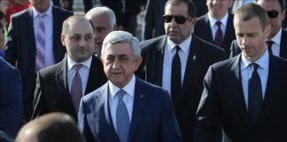 رئيس وزراء أرمينيا يستقيل من منصبه.. بعد تصاعد الاحتجاجات في بلاده