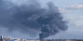 جرحى وعمليات إجلاء بعد انفجار في محطة لتكرير النفط في الولايات المتحدة