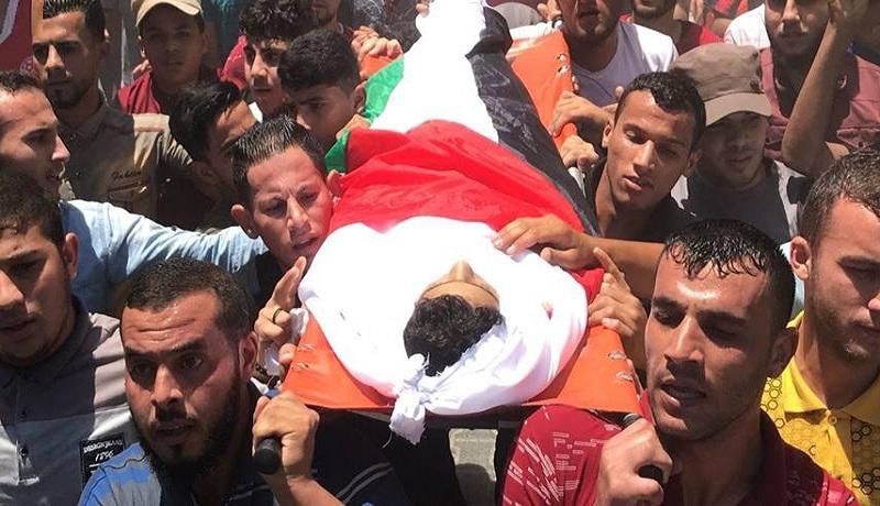 """رصاصة صهيونية تقتل فرحة الطفل """"هيثم"""" بالعيد"""
